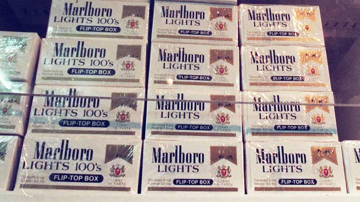 Die Einbrecher liessen 50 Stangen Zigaretten mitgehen (Symbolbild)