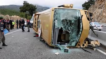 Schwere Vorwürfe gegen den Chauffeur: Türkischer Unglücksbus.KEY