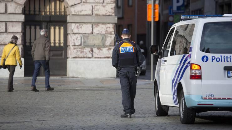 Ein Polizist in Antwerpen.