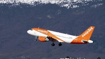 Easyjet streicht wegen Coronavirus Flüge und legt Sparprogramm vor.