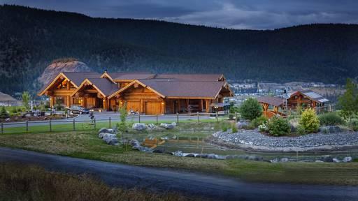 Skihütte und Spielburg