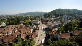 Blick über Baden und Umgebung: Der neue Verein «Traktandum 1» will das Gebiet zu einer Regionalstadt vereinen. (Archiv)