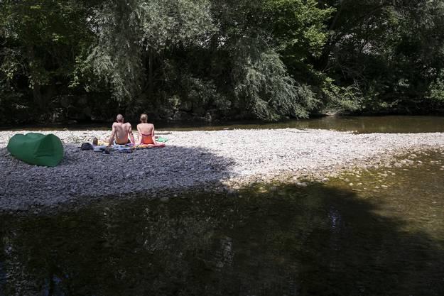 Falls sich die Temperaturen in der Birs  weiter erhöhen sollten, wird eine Ausweitung des Bade- und Betretverbots in Betracht gezogen.