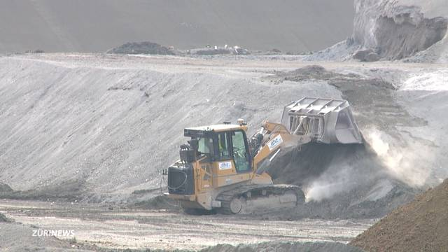 45'000 Tonnen Schlamm in Lufingen deponiert