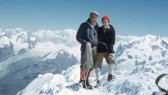 1959: Fritz und Susi Knöpfel bestiegen auf ihrer Hochzeitsreise erst das Matterhorn, wo dieses Foto entstand, und danach drei weitere 4000er.