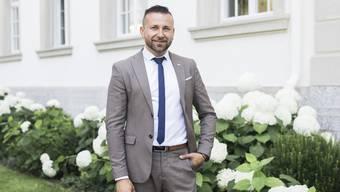 Seit 29 Jahren lebt Sasha Stojmenovski in Wohlen. Der Immobilienmakler hat ein eigenes Geschäft.
