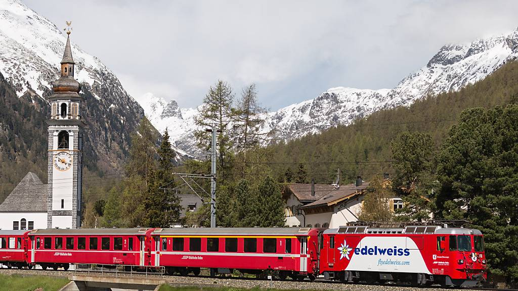 Albula-Bahnstrecke wegen entgleistem Zug unterbrochen