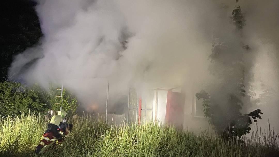 Brandstiftung in Birr: Brände in zwei Mehrfamilienhäuser