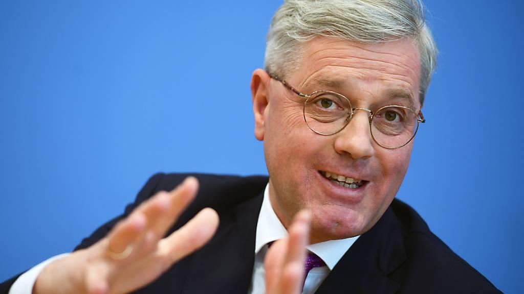 Vermisst eine christlich-demokratische Idee von der Zukunft Deutschlands - darum will der frühere Umweltminister Norbert Röttgen CDU-Chef werden.