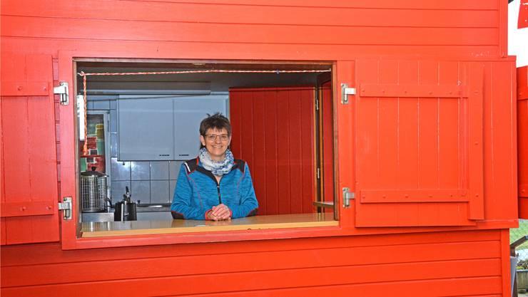 Martha Graber freut sich, ab dem kommenden Sommer wieder Gastgeberin in der Badi Bottenwil zu sein. Bild: kpe