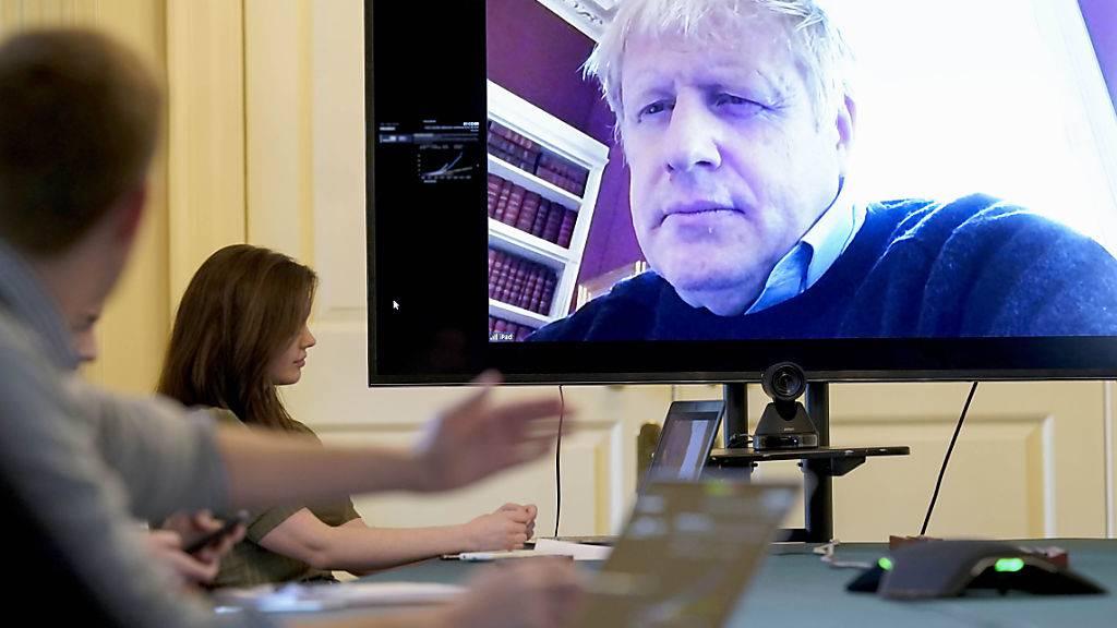 Premierminister Boris Johnson mit Coronavirus im Spital