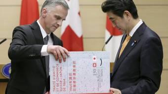 Bundespräsident Burkhalter mit Japans Premierminister Abe