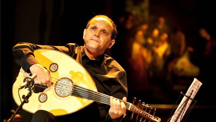 Der tunesische Meister der arabischen Laute Oud, Anouar Brahem, tritt erstmals in der Schweiz auf.