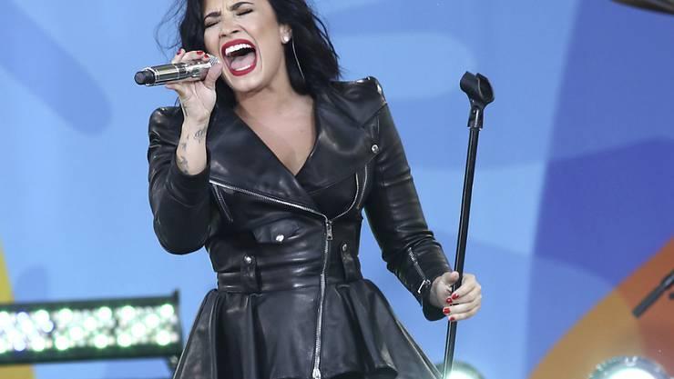 Die Popsängerin Demi Lovato soll in diesem Jahr die US-amerikanische Nationalhymne beim Sport-Grossereignis Super Bowl singen, teilte die US-Football-Liga NFL am Donnerstag mit. (Archivbild)