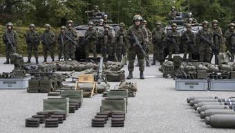 Die Verteidigung an der Grenze genüge bei der heutigen Art der Konfliktaustragung nicht mehr.