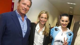 V.l.: Arnold Schwarzenegger, US-Botschafterin, Katy Perry