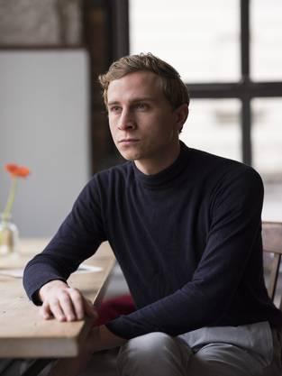 Max Hubacher (26)