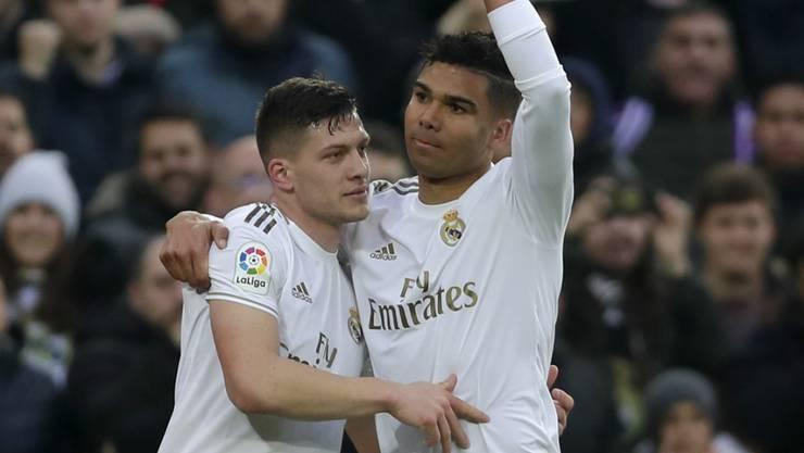 Der defensive Mittelfeldspieler Casemiro (rechts) war für einmal Matchwinner bei Real Madrid