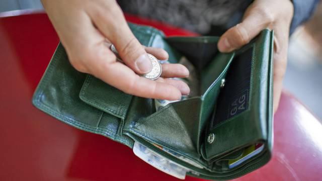 Sozialhilfegelder: Der Grundbedarf wird von der Schweizerischen Konferenz für Sozialhilfe (Skos) definiert (Symbolbild).