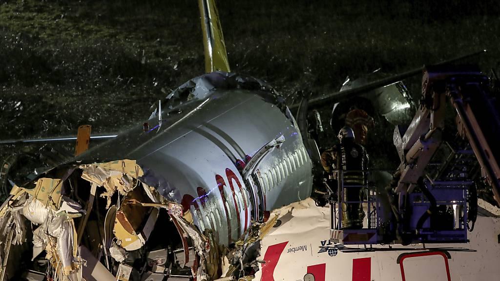 Ein Toter bei Bruchlandung in Istanbul mit 177 Passagieren
