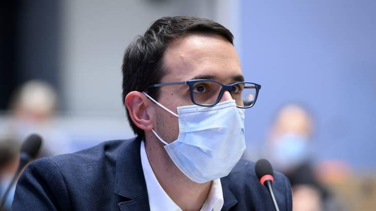 Stefan Kuster, Leiter Übertragbare Krankheiten beim BAG, sagt, dass der Impfstoff nicht sofort für alle Schweizerinnen und Schweizer zugänglich sein wird.