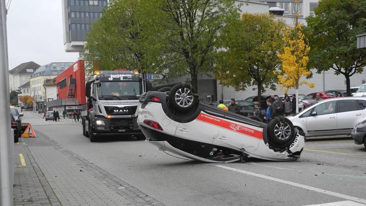 Am Samstag ereignete sich im Stadtzentrum einen Autounfall.