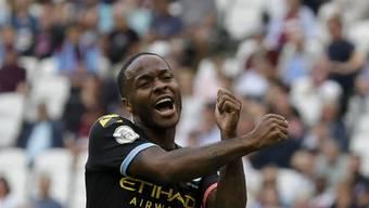 Raheem Sterling freut sich über seinen dritten Treffer zum 5:0