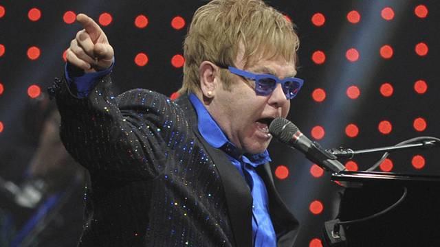 Elton John während des Konzertes in Peking