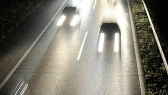 """Zwei Gesiterfahrer waren auf der Autobahn in Basel unterwegs. Laut der Polizei kam es """"nur dank viel Glück"""" nicht zu Unfällen. (Symbolbild)"""