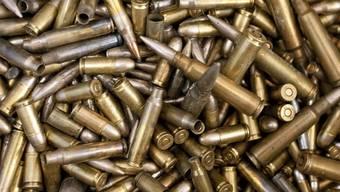 Trotz Protesten exportieren Schweizer Firmen deutlich mehr Rüstungsgüter als in der Vorjahresperiode. (Symbolbild)