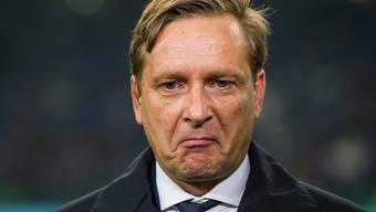 Horst Heldt darf seinen Manager-Posten bei Schalke bis Ende Saison behalten