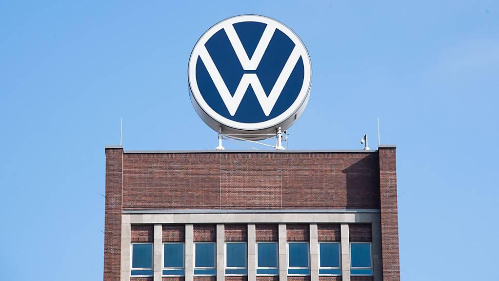 Der Generalanwalt am Europäischen Gerichtshof (EuGH) stuft im Diesel-Verfahren gegen VW und Porsche die Thermofenster als gesetzeswidrig ein. Diese stoppen die Abgasreinigung ausserhalb eines gewissen Temperaturbereichs und ab einer bestimmten Höhenlage. (Archivbild)