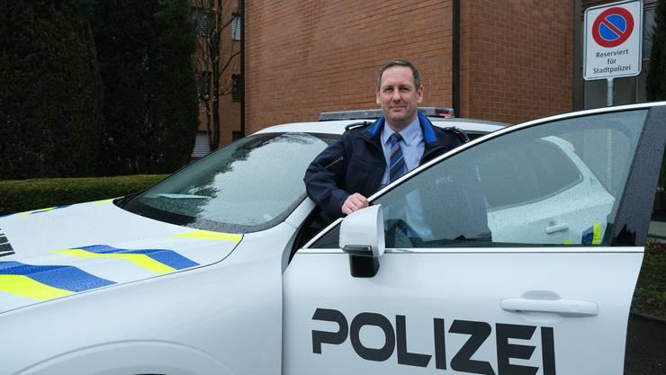 Sein Polizeiherz schlägt bereits für Dietikon: Marco Bisa zieht nach dreieinhalb Monaten eine erste positive Bilanz.