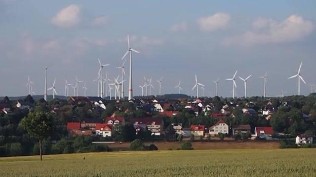 Neueste Umfrage zum Energiegesetz