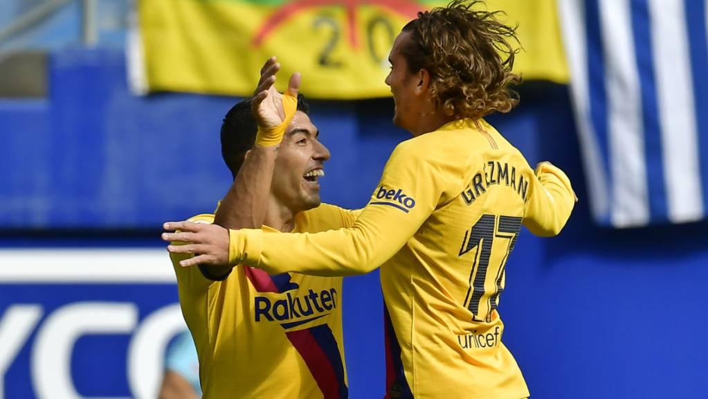 Luis Suarez (links) freut sich mit Antoine Griezmann
