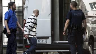 Der Täter nach dem Urteil der Erstinstanz am 5. Juli 2013 (Archiv)