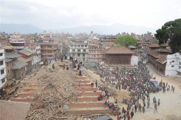 ... und nach dem Erdbeben.