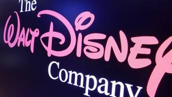 Eine Folge der Übernahme des Rivalen 21st Century Fox durch den Unterhaltungs-Konzern Disney: Der Entertainment-Riese muss sich auf Geheiss der Kartellbehörden von 21 Sportsendern trennen. (Symbolbild)