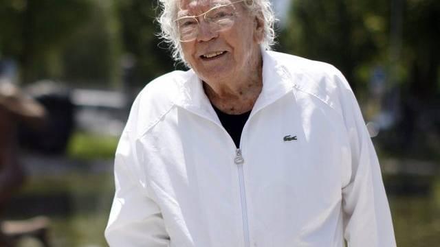 Hans Erni denkt mit 104 nicht ans Aufhören (Archiv)