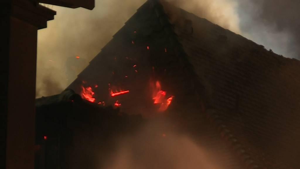 Dachstock komplett ausgebrannt