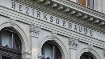 Das Bezirksgericht Winterthur verurteilte den Mann zu einer Haftstrafe von 26 Monaten.