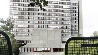 Direkt ab Basel SBB: Das Bruderholzspital ist durch den ÖV schlecht erschlossen. Das soll sich mit der Eröffnung des Geriatriezentrums beider Basel im 2017 ändern. (Bild: Nicole Nars-Zimmer)