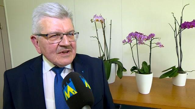 «Ja, es ist ein Leistungs- und Qualitätsabbau» – Roland Brogli, Finanzdirektor Aargau, zu den vorgestellten Sparmassnahmen und zur Finanzlage des Kantons.
