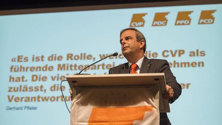 «Führende Mittepartei»: Gerhard Pfister, Präsident der CVP Schweiz, spricht am 9. November an der Delegiertenversammlung in Langenthal.
