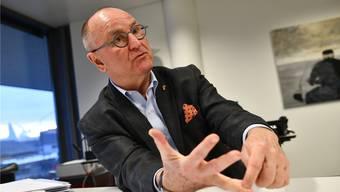 «Eine Frage: Ist Paul Hofer ein normaler Politiker? Tatsächlich nicht»,  sagt Paul Hofer. Juri Junkov