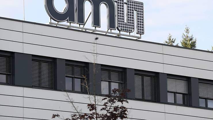 Der Chiphersteller AMS macht bei seinem Übernahmeversuch des Licht-Konzerns Osram vorwärts und hat sich schon rund 15 Prozent der Osram-Aktien gesichert. (Archivbild)