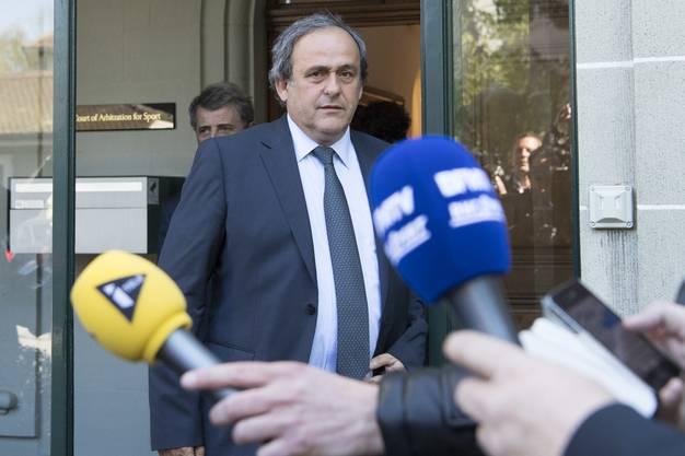 Der ehemalige UEFA-Präsident Michel Platini befindet sich seit Dienstagmorgen in Gewahrsam der Polizei.