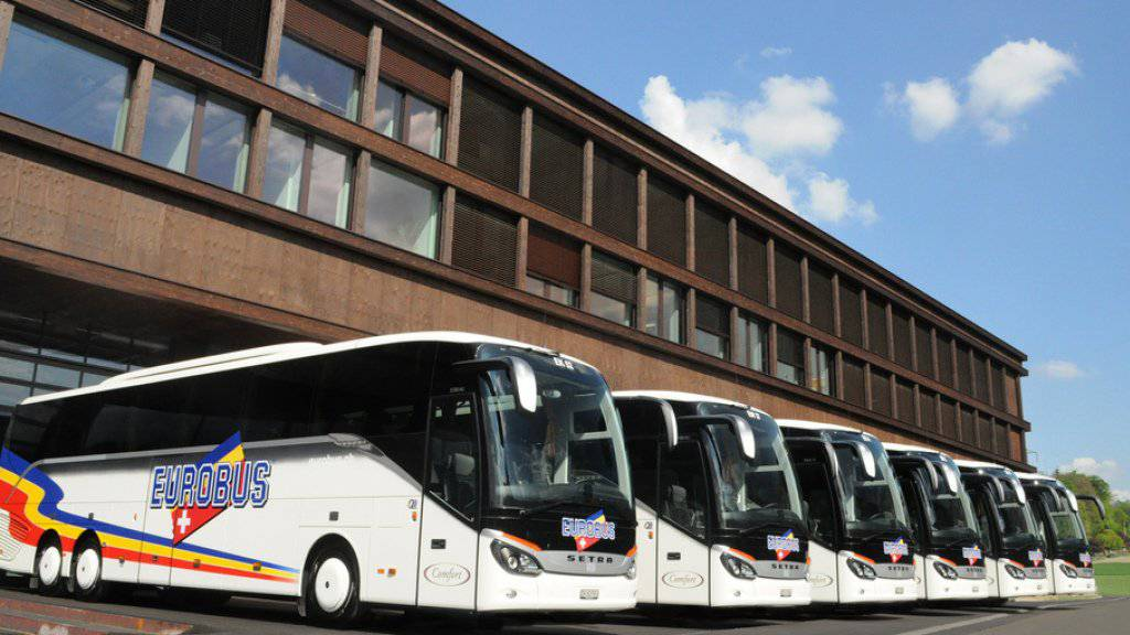Das Busunternehmen Eurobus plant den Aufbau von Fernbusreisen in der Schweiz und setzt im Verkauf auf das Buchungssystem von Flixbus. Dazu ist Eurobus mit dem deutschen Branchenprimus eine Vertriebspartnerschaft eingegangen. (Archivbild)