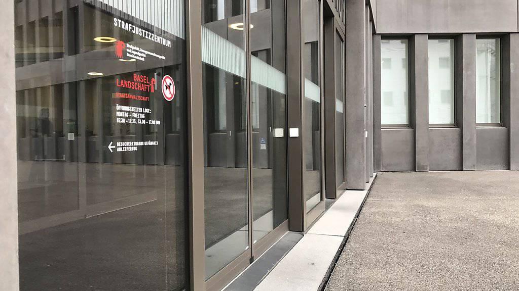 Im Sterbehilfeprozess vor dem Baselbieter Strafgericht wurden am Donnerstag die Plädoyers gehalten; das Urteil ist auf kommenden Dienstag angesetzt.