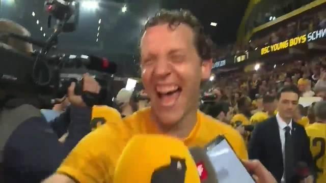 Die Young Boys feiern den Meistertitel im Stadion